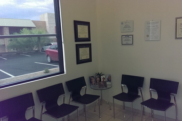 View of waiting room inside G. Graber DDS office